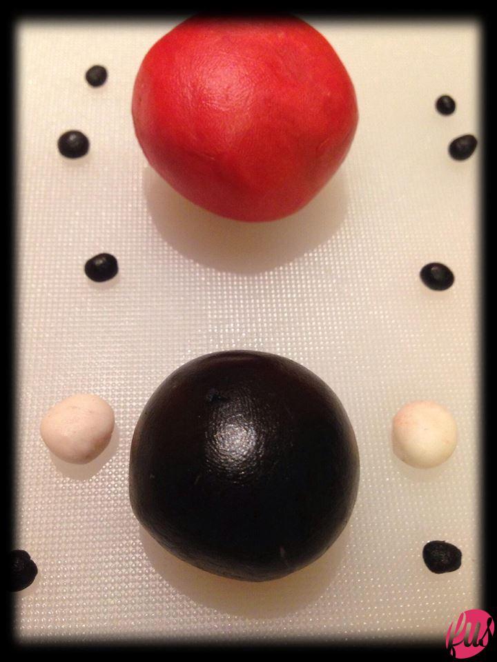 Realizzate delle palline come in figura...