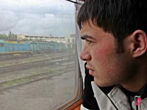 Il ragazzo con il quale ho condiviso la maggior parte delle mie cose. Un lavoratore uzbeko che dopo una dura settimana di lavoro a Mosca rientra dalla famiglia a Fergana.