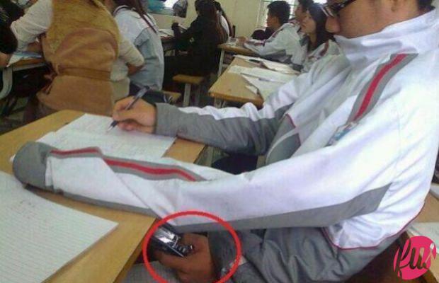 cellulare-per-copiare-agli-esami-di-stato