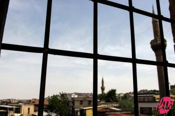 Uno scorcio sulla città di Gaziantep da un appartamento nel centro della città. Gaziantep, Kurdistan Turco