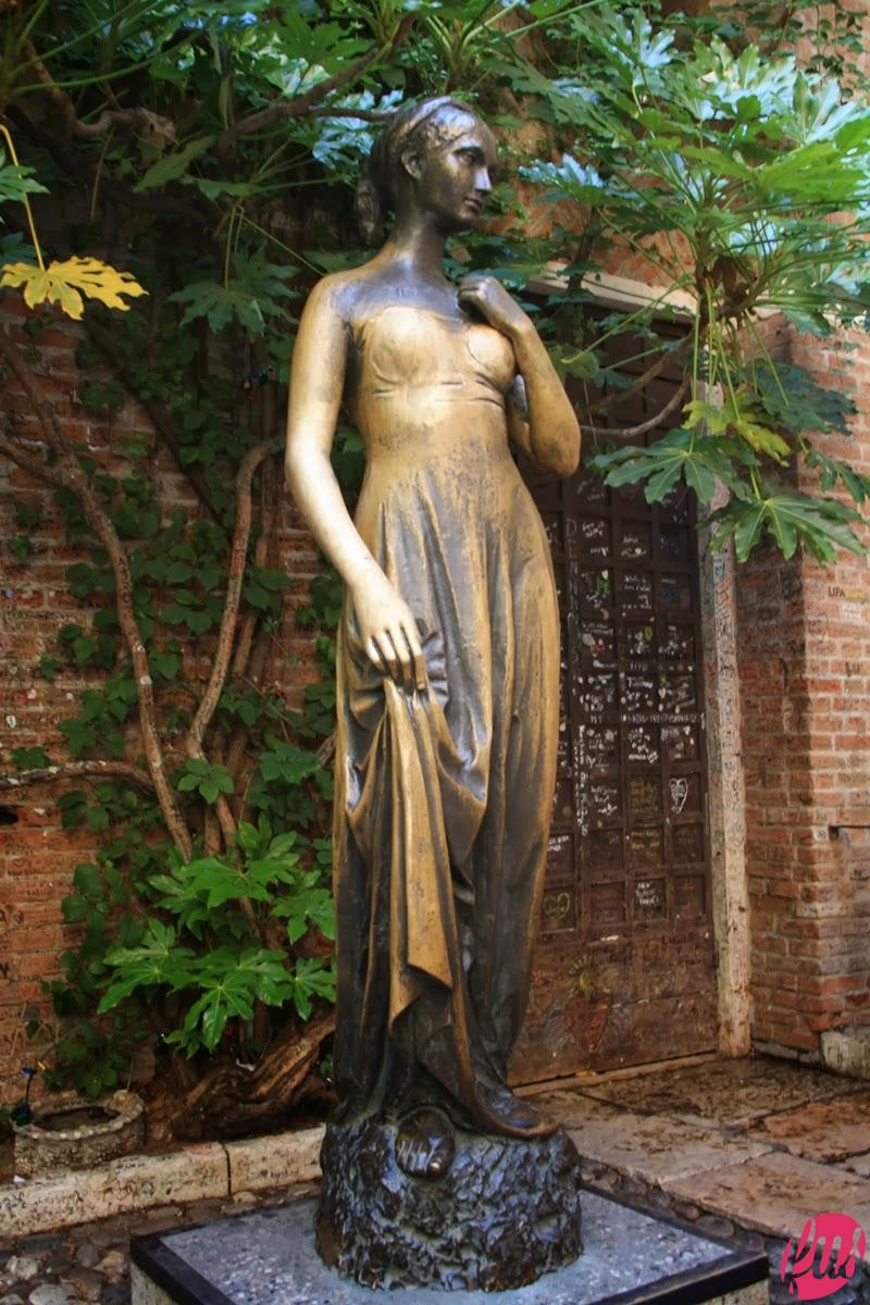 Juliet statue and home in Verona - Tutt'Art@ (6)
