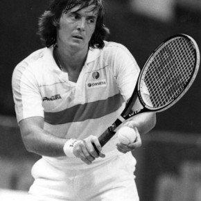 19-tennis-in-bianco-e-nero