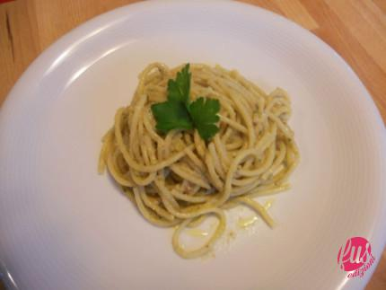 Piatto con pochi spaghetti
