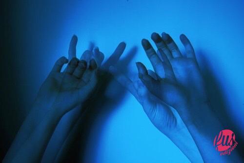 distanza mani