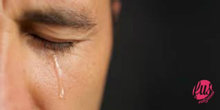 Uomo piangente