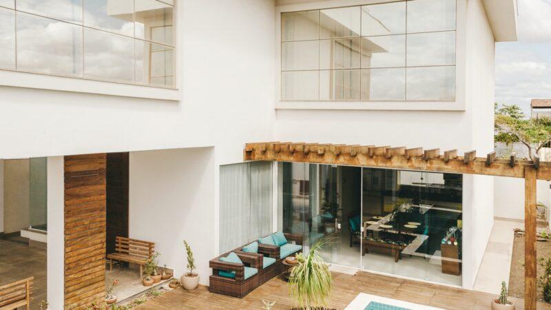 Racconto breve quale vita vivere - bellissima casa con piscina